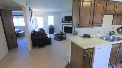 one bedroom apartments kalamazoo greenhill apartments rentals kalamazoo mi apartments com