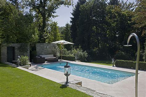 swimming pool aufbauen lassen wie kann ich einen swimmingpool selber bauen planungswelten