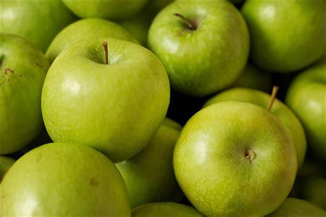 alimenti sgonfiano la pancia pancia piatta ecco 9 alimenti sgonfiano ricette di