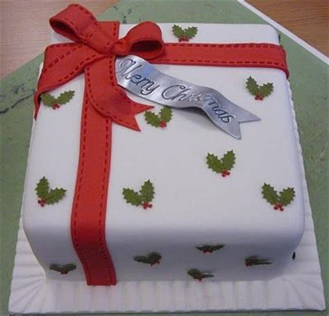 square christmas holly berry cake cake decorating ideas