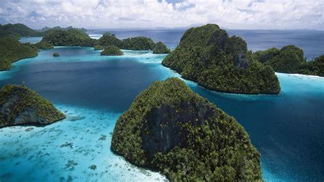 Nature: Raja Empat Island Group, Indonesia, desktop