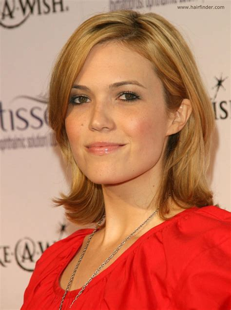 10 Mandy Hairstyles Through The Years by Mandy S Simple Medium Length Hairstyle With Layers