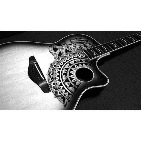 doodle do guitarra 25 melhores ideias sobre tatuagem de viol 227 o acustico no