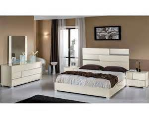 beige bedroom furniture sets modern italian beige bedroom set 44b112set