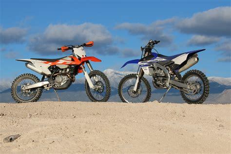 Ktm Vs Yamaha This Or That Ktm 450xc F Vs Yamaha Yz450fx Dirt Bike Test