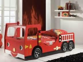 Fire cars bedroom decor ideas interesting fire brigade car beds for kids bedroom design catalogue