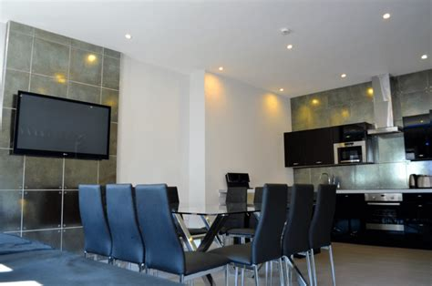 signature appartments liverpool unforgettable group stays in liverpool city centre