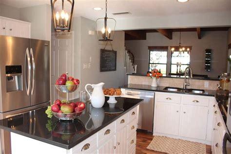 magnolia fixer upper 98 best joanna and chip gaines kitchens fixer upper