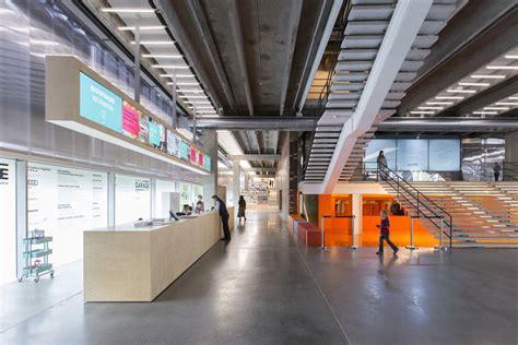 garage museum  contemporary art  oma pelas lentes de