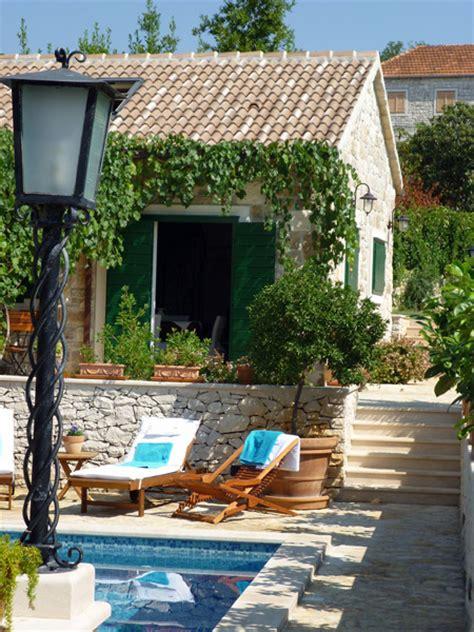 Schöne öfen by Sch 246 Ne Steinvilla Auf Der Insel Brac Immobilien Kroatien