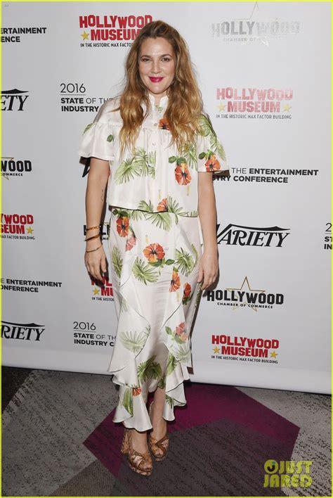 February It Drew Barrymore by Drew Barrymore Netflix Comedy Santa Clarita Diet Gets
