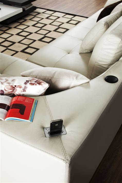 choosing between comfort and style for your living room