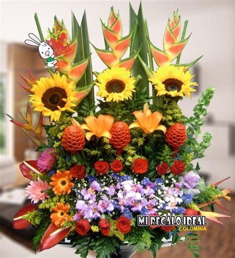 imagenes de rosas grandes the 25 best arreglos florales con orquideas ideas on