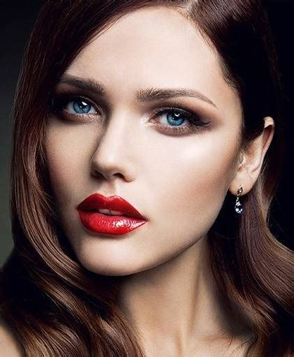 How to Wear Red Lipstick on Your Wedding Day l Makeup.com