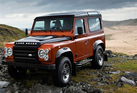 new 2015 land rover defender may be unveiled in frankfurt