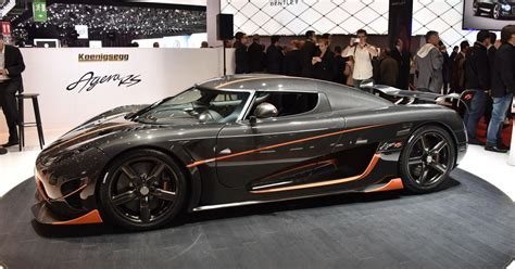 car pushing the limits koenigsegg koenigsegg is gunning for the chiron s 0 400 0 record