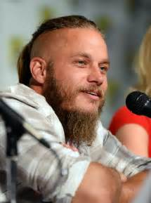what is going on with travis fimmels hair in vikings travis fimmel quotes quotesgram
