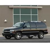 Pictures Of Chevrolet Suburban GMT800 2003–06 2048x1536