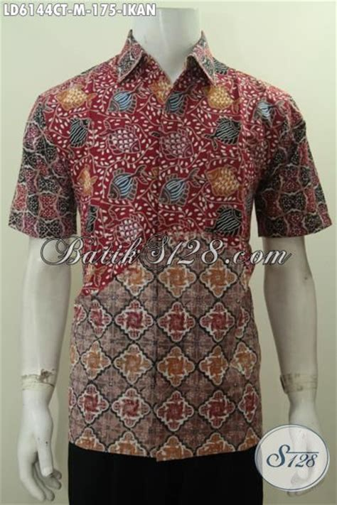 Batik Hem Ikan hem batik modern dari produk kemeja batik terkini untuk kerja dan santai berbahan halus