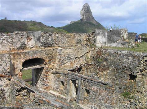 l interno della l interno della porta della fortaleza de nossa senhora dos