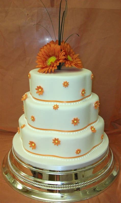 Who Makes Wedding Cakes Near Me by Wedding Cakes In Norwich Norfolk Wedding Cake Makers