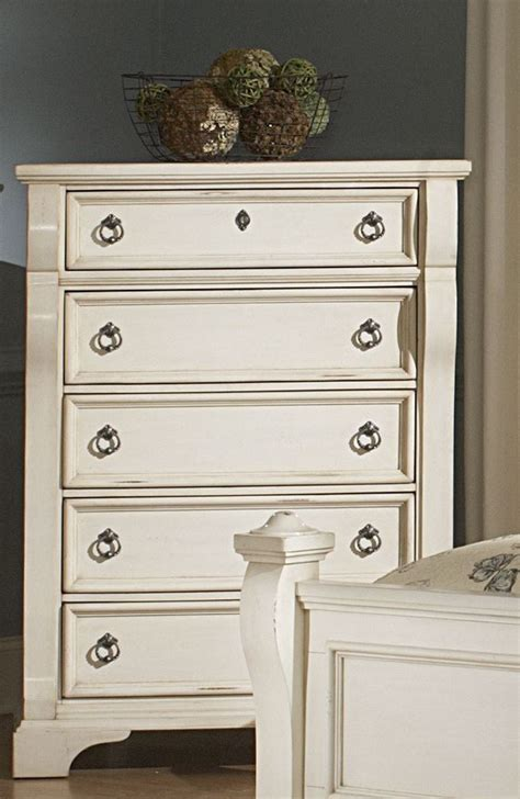 heirloom white poster bedroom set from american