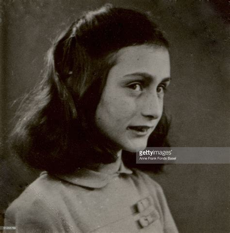 biography of anne frank in spanish classify anne frank