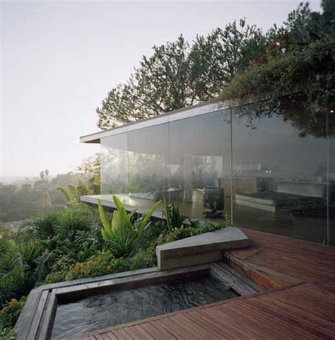 Glass Wall House | hollywood hills glass wall house shelby white the blog