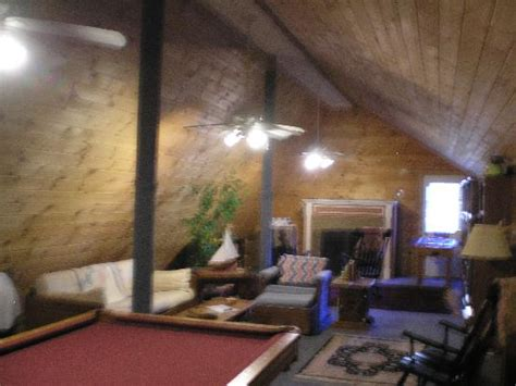 how to cool upstairs bedrooms cool upstairs game room picture of weathertop mountain