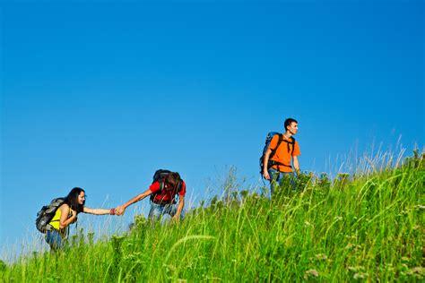 tips mengatasi lelah saat mendaki gunung paket wisata tour travel premium