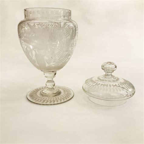 vasi di vetro con coperchio splendida coppia di vasi con coperchio in vetro finemente