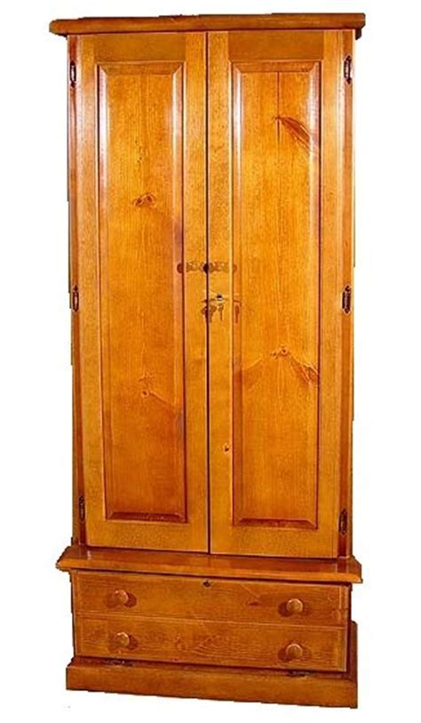 12 Gun Wood Gun Cabinet   Pine   Solid Concealed Doors