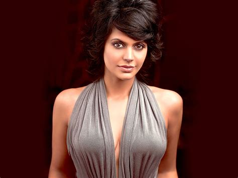 hot female tv personalities hottest female anchors in indian sports