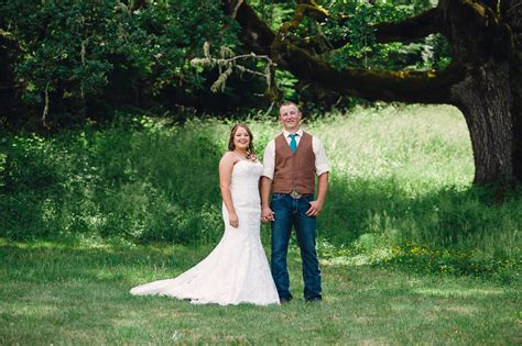 Wedding Planner Eugene Oregon by Blue Rooster Inn Bed Breakfast Wedding Eugene Oregon
