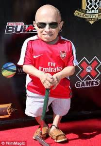 Who Played Mini Me In Powers Verne Troyer Better Known As Mini Me From Powers