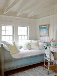 cottage ideas mix and chic cottage style decorating ideas