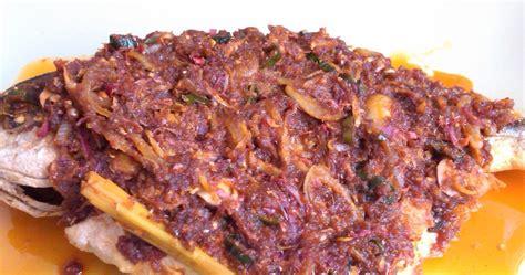 Minyak Goreng Rajawali Emas grand dish cafe ikan bawal emas masak pedas kangkung goreng