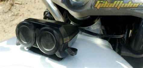 Shock Showa Fino modif suzuki gsx750p 2010 scrambler motor langka ogah standar gilamotor