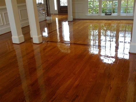 Best Stain For Oak Floors by Cherry Border On Oak Floors Chestnut