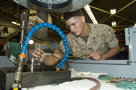 Marine Machinist by Reservists In Marines Hone Mos Skills During Annual Gt Marine Corps Logistics