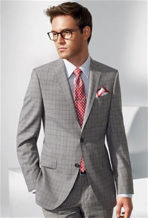 Square Suit warm weather dressed up look white pocket square
