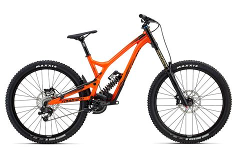 commencal dh supreme test vtt commen 231 al supreme dh v4 2 essential 2017 v 233 lo