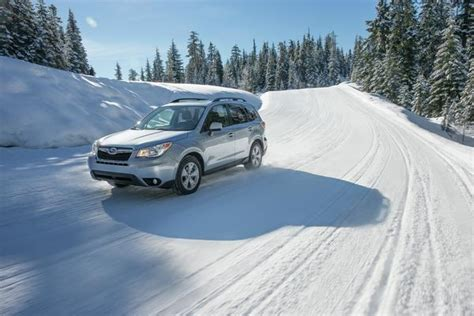 snow tires for subaru forester 2016 subaru forester tackles snow photo on