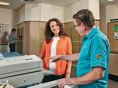 ups color copies b w copies color copies and prints the ups store
