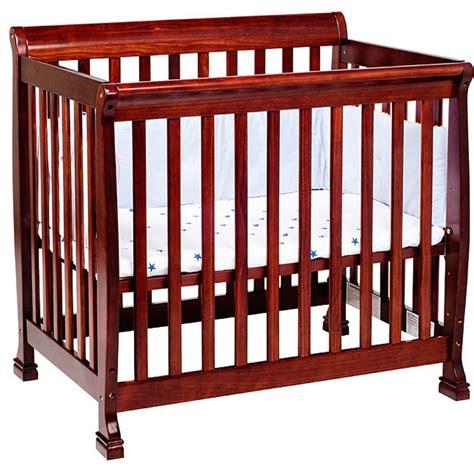 Davinci Kalani New Zealand Pine Mini Crib Contemporary Modern Mini Crib