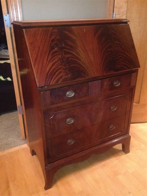Rockford Furniture Company by Rockford Desk Company Give Winthrop Style How Is This And What Ty Antique