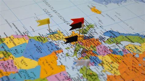 sede amministrativa in inglese societ 224 con sede legale all estero ed attivit 224 principale