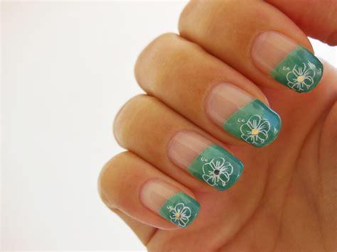 Nail Zelf Doen by Nails Stuff