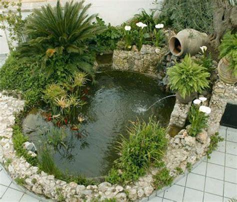 imagenes de jardines exteriores pequeños las 25 mejores ideas sobre estanques de jard 237 n en