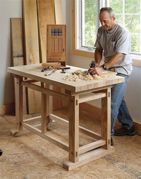 small work bench a small sturdy workbench finewoodworking
